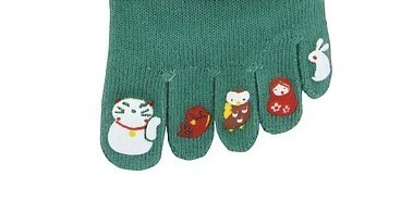 Chaussettes japonaises 5 orteils, motifs imprimés chat blanc- Comptoir du Japon - Voir en grand