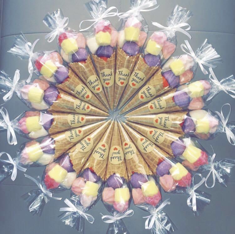 cornets bonbons mariage stickers.jpg - Voir en grand