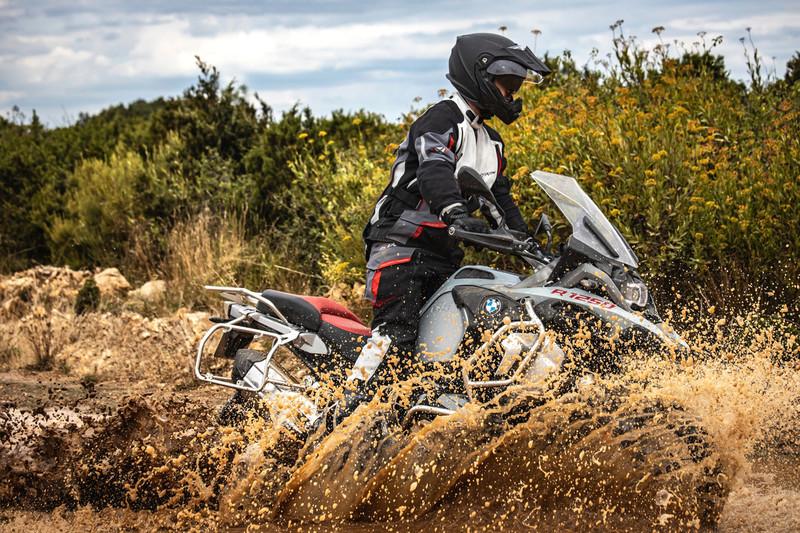 IXON AVENTURE ANGEL'S MOTOS DIJON CHENOVE  - Voir en grand