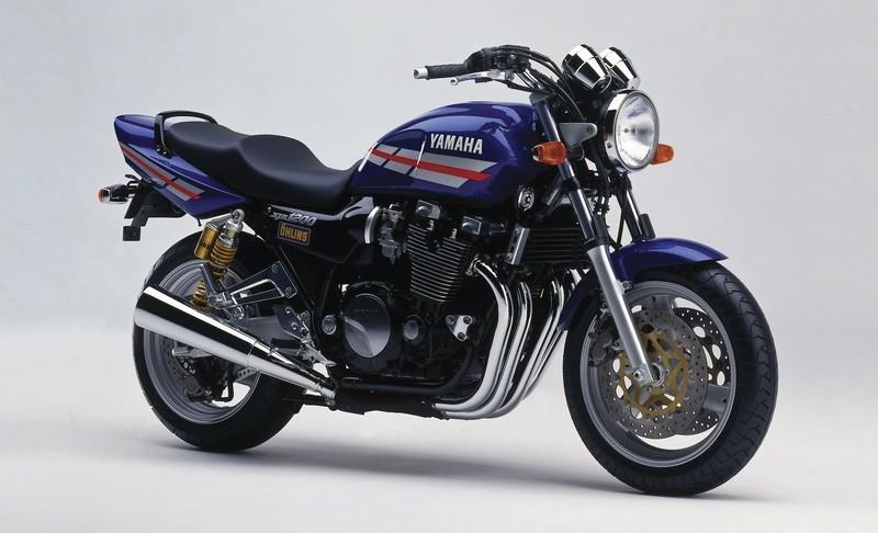 YAMAHA 1200 1300 XJR - 1100 1200 FJ ANGEL'S MOTOS DIJON CHENOVE - Voir en grand