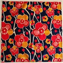 Furoshiki 50 cm, carré de tissu japonais, fleurs de prunier Umé - Comptoir du Japon - Voir en grand
