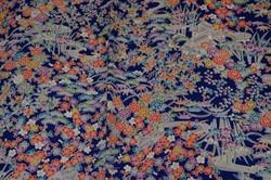 Kimono soie bleu floral - motif - Voir en grand