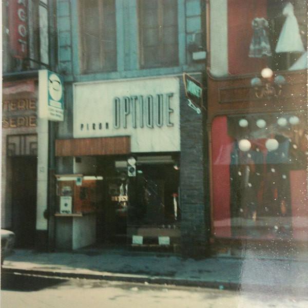 L'histoire du magasin - Bruno Curtil opticien créateur indépendant - Bruno Curtil Opticien - 0 380 302 306 - Voir en grand