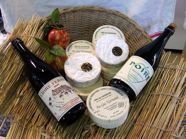 Camembert AOC au lait cru - Normandie - FROMAGERIE AU GAS NORMAND - DIJON - Voir en grand