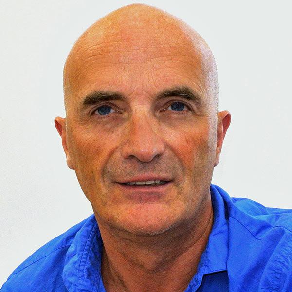 L'équipe de Bruno Curtil - Bruno Curtil opticien créateur indépendant - Bruno Curtil Opticien - 0 380 302 306 - Voir en grand