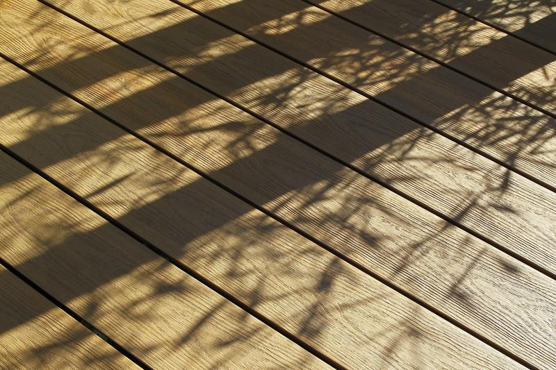 brooklyn gris teck coté texturé bois - Voir en grand