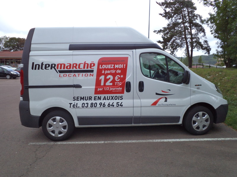 location de vehicules utilitaires 7m intermarche semur en auxois. Black Bedroom Furniture Sets. Home Design Ideas
