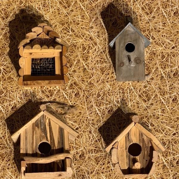 Maison-insectes-Nichoirs-oiseaux-Fruirouge-et-Cie.jpg - Voir en grand
