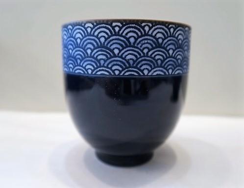 tasse à thé japonaise - vague - Comptoir du Japon - Voir en grand
