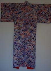 Kimono soie bleu floral - dos - Voir en grand