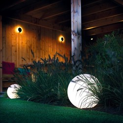 GARDEN LIGHTS - ECLAIRAGE ROUND - Voir en grand