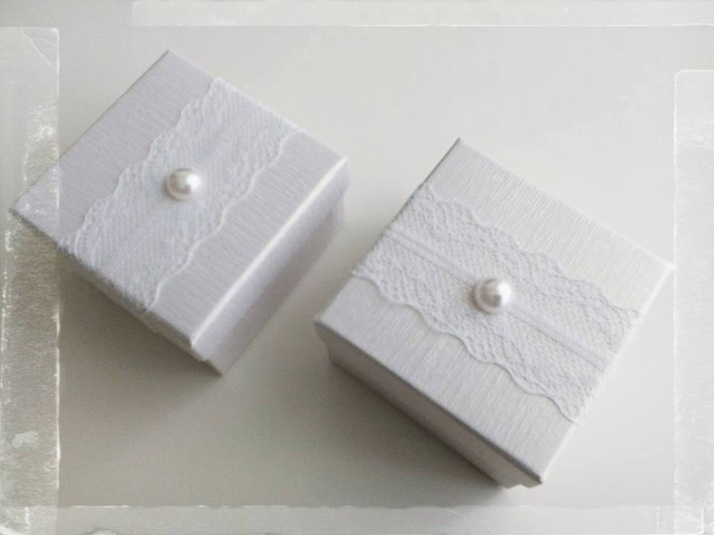 Boîte dragées mariage 'Blanc Pur' - Boîtes à  Dragées - La Grèce Gourmande - Voir en grand
