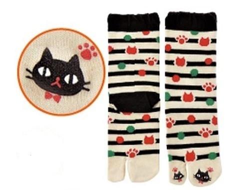 Chaussettes japonaises tabi, imprimé chat noir - Comptoir du Japon - Voir en grand
