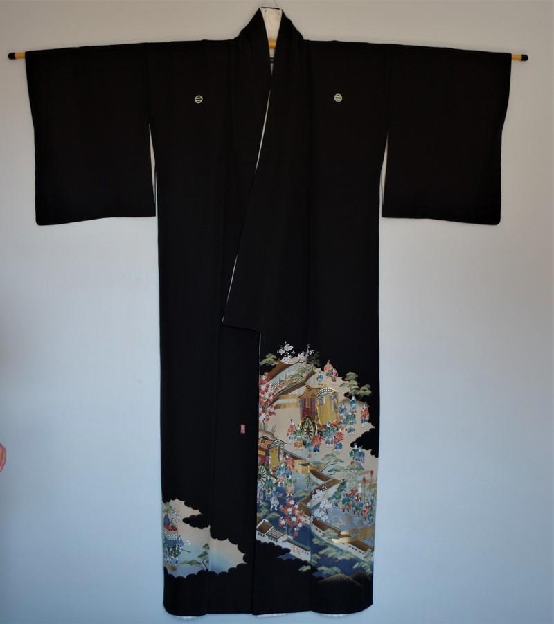 Kimono en soie femme noir traditionnel vintage - Face- Comptoir du Japon - Voir en grand