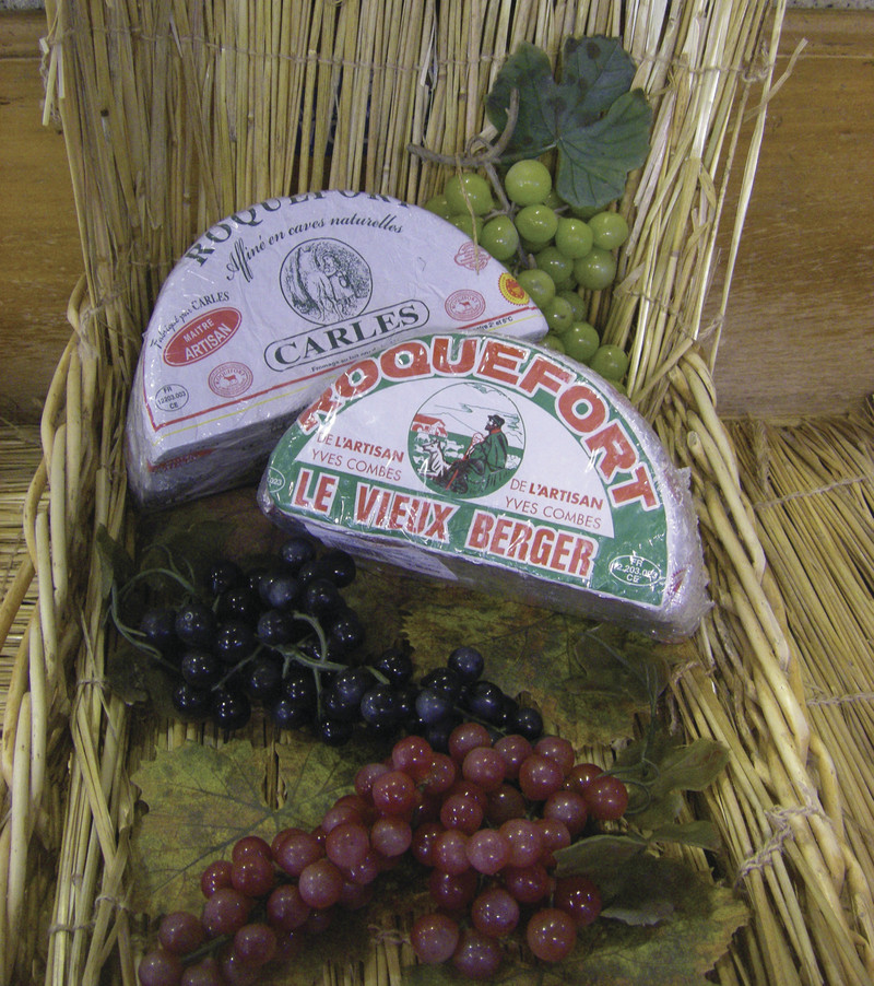 Roqueforts Carles et Vieux Berger - Massif central / Auvergne / Aubrac - FROMAGERIE AU GAS NORMAND - DIJON - Voir en grand