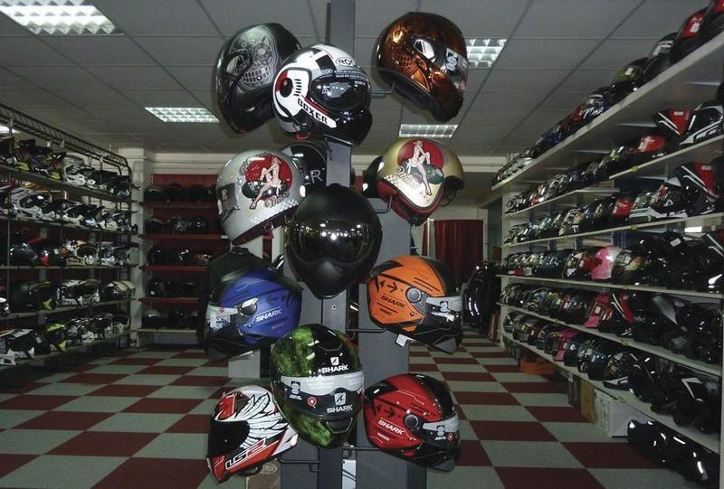 Vos equipements et accessoires sur Dijon Chenove chez ANGEL'S MOTOS 21 - Voir en grand