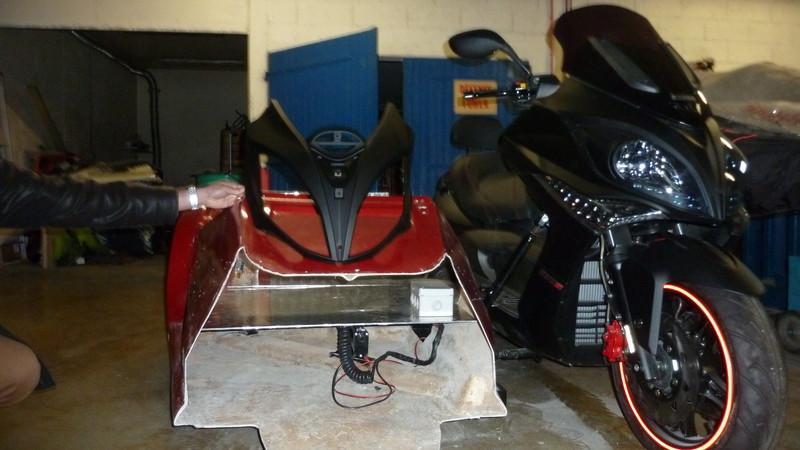 SIDE CAR KYMCO 500 Xciting ANGEL'S spécial PARAPLEGIQUE DIJON CHENOVE - Voir en grand