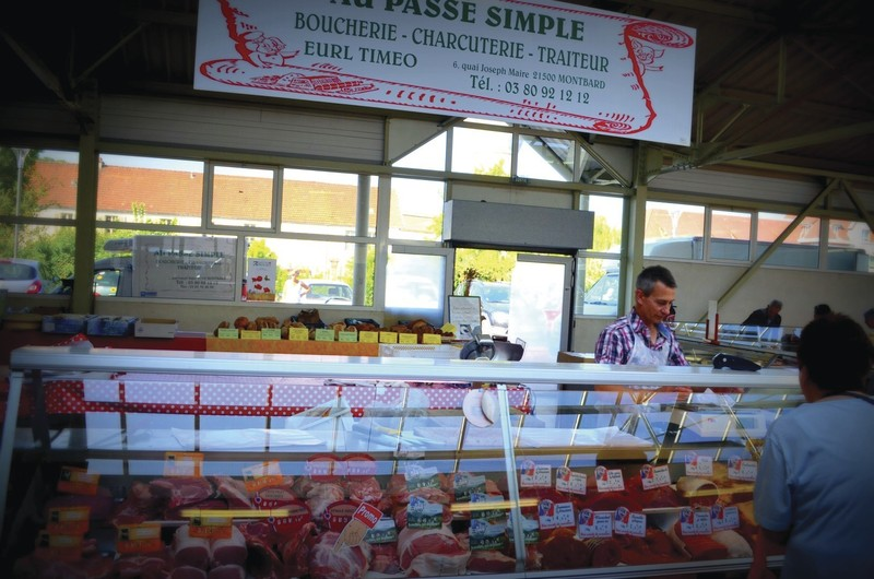 Au Passé Simple - Nos Bouchers / Charcutiers et Salaisons - HALLES DE MONTBARD, votre marché alimentaire de proximité - Voir en grand