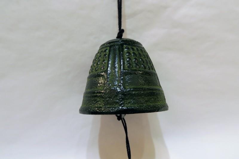 Petite cloche à vent verte - Comptoir du Japon - Voir en grand