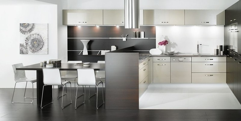 cuisine cyane or blanc metal brillant cuisines meubles bernardo. Black Bedroom Furniture Sets. Home Design Ideas