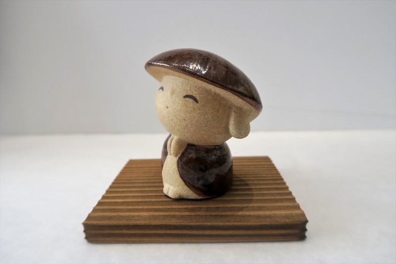 """Porte-bonheur Petit Jizô """"merci"""" fabriqué au Japon - Comptoir du Japon - Voir en grand"""