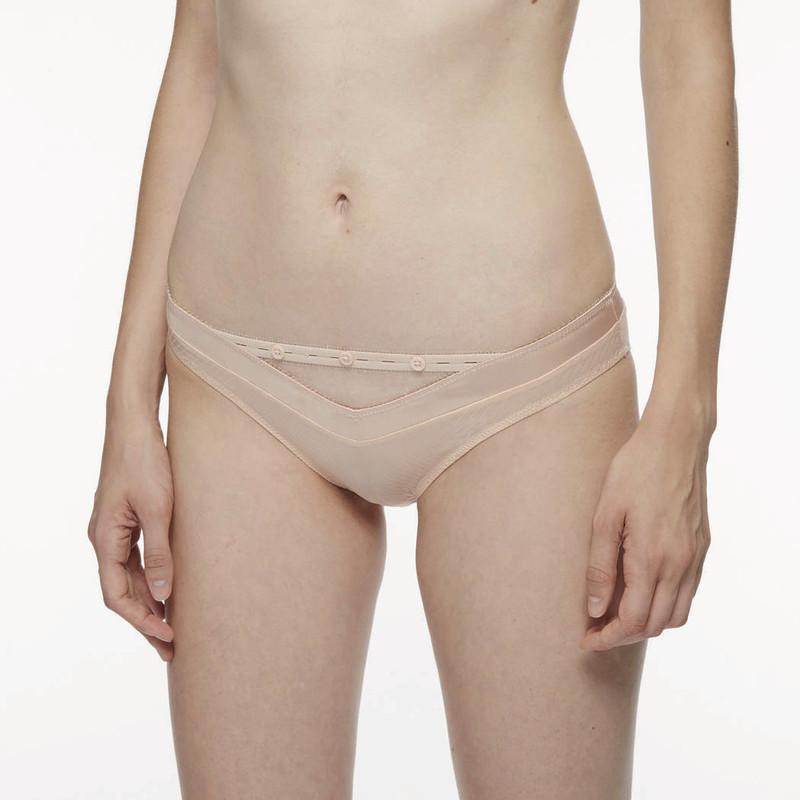 Chantal thomass troublante slip culotte beige boutons voile transparent - Voir en grand