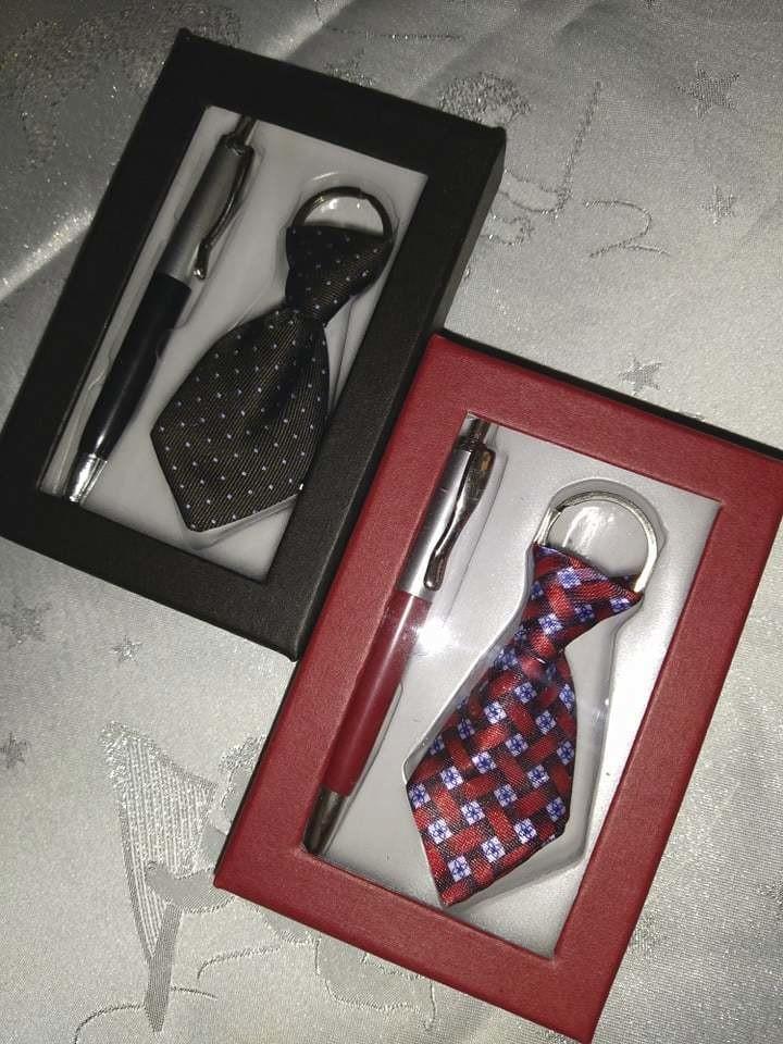 coffret cadeau cravate.jpg - Voir en grand
