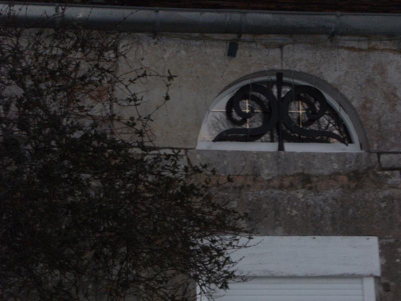 petite fenêtre pvc - Voir en grand
