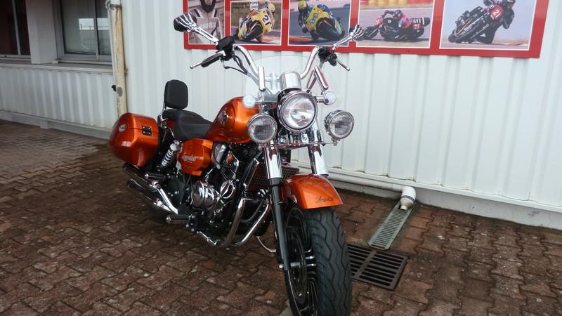 125 MAGPOWER légender spéciale ANGEL'S MOTOS DIJON CHENOVE - Voir en grand