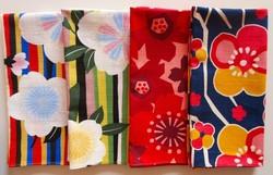 Furoshiki 50 cm, carré de tissu japonais, fleurs  - Comptoir du Japon - Voir en grand