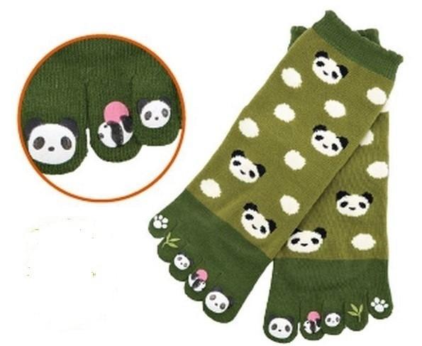 Chaussettes japonaises 5 orteils, imprimé panda - Comptoir du Japon - Voir en grand