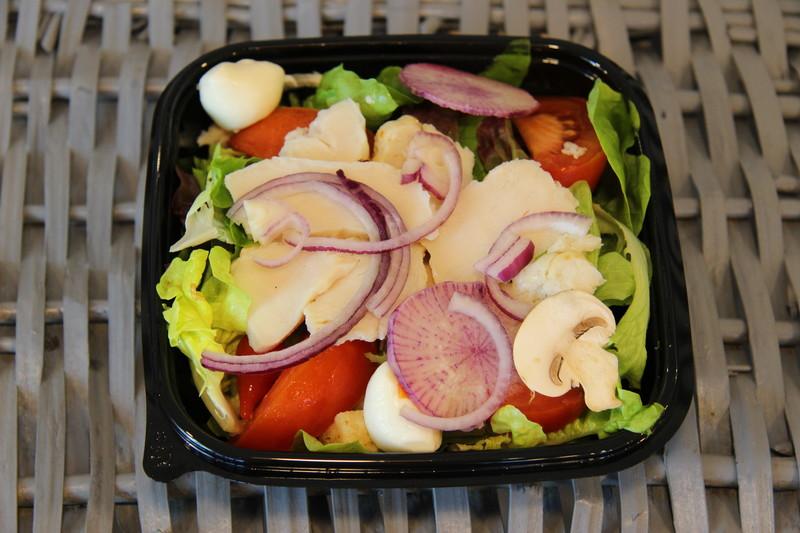 Salade au poulet -  - MAISON  BOURREC  - Voir en grand