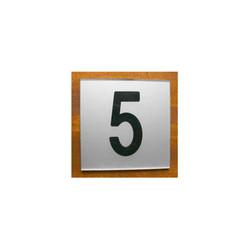 plaque numéro de rue, immeuble, maison, plexiglas argent lettres noires, amalgame graveur grenoble - Voir en grand