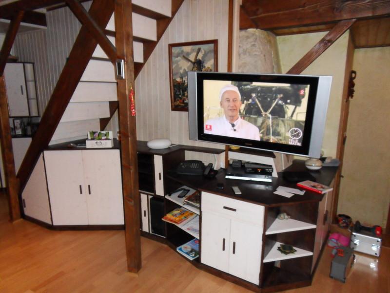 Amenagement meuble sous escalier vercors literie for Amenagement meuble