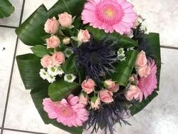 Bouquet avec chardon - Voir en grand
