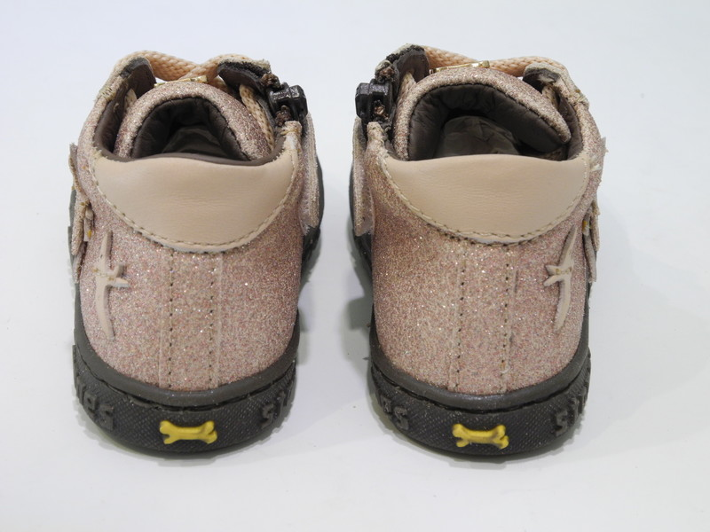 Chaussure monatnte rose pailleter - Voir en grand