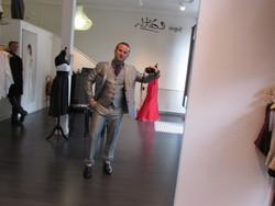 Costume homme gris anthracite brillant - Voir en grand