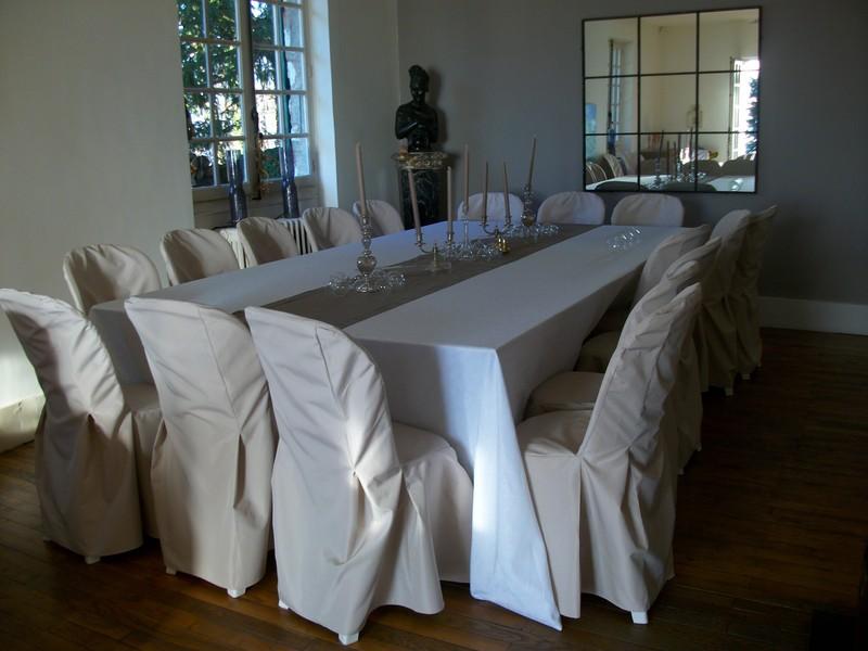 location nappe blanche rhonealp 39 abris. Black Bedroom Furniture Sets. Home Design Ideas
