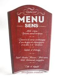 menu gravée sur un chevalet bois  - Voir en grand
