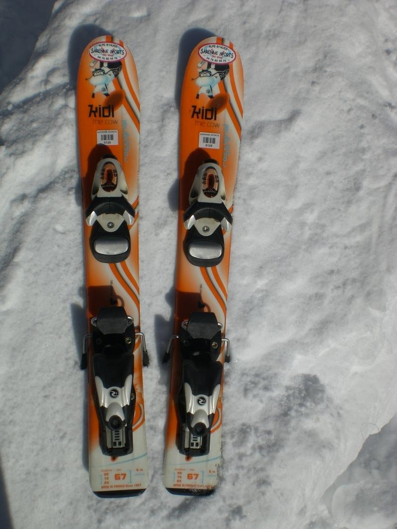 Location de skis JUNIOR Gamme KIDS à l'ALPE D'HUEZ - Location de skis - SARENNE SPORTS - Voir en grand