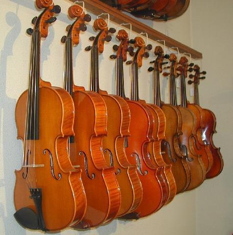 Les violons, altos et violoncelles anciens - les instruments : violon - NICOLAS DEMARAIS, LUTHIER - Voir en grand