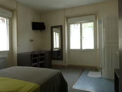 TARIF chambre pour 2 personnes - TARIFS DES CHAMBRES - HOTEL DU ROYANS - Voir en grand