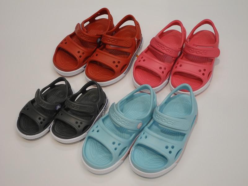 Sandale Crocs enfant - Voir en grand