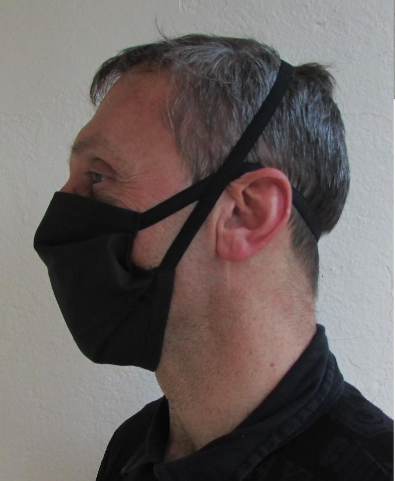 Masque barrière à plis en tissu lavable attaches derrière tête - Voir en grand