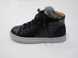 Chaussure lacet avec un zip marine