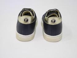 Chaussures montante souple lacet