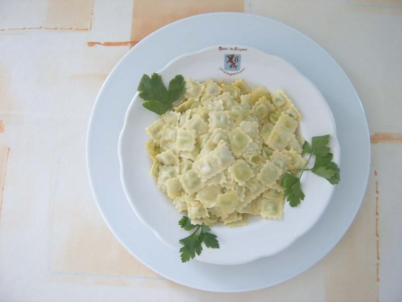 assiette de ravioles.jpg - Voir en grand