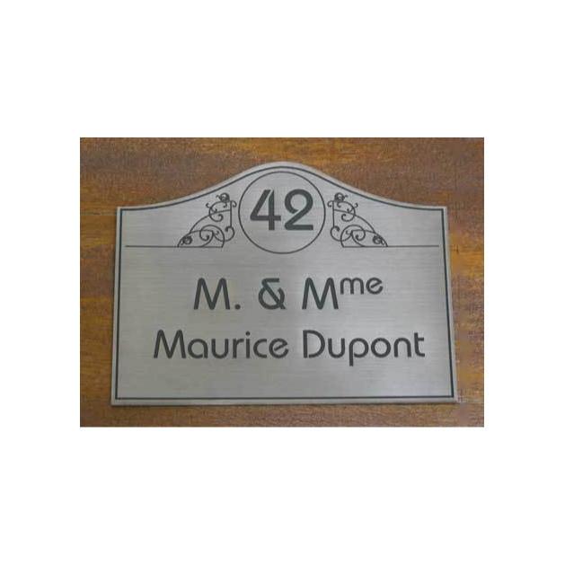 plaque Vintage, decor baroque, plaque de porte gravée par amalgame graveur à grenoble - Voir en grand