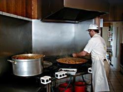 Artisanat culinaire - Paella et couscous -  - LA POELE A PAELLA - Voir en grand