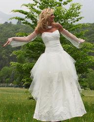 Robe de mariée modulable constellation version cérémonie - Voir en grand